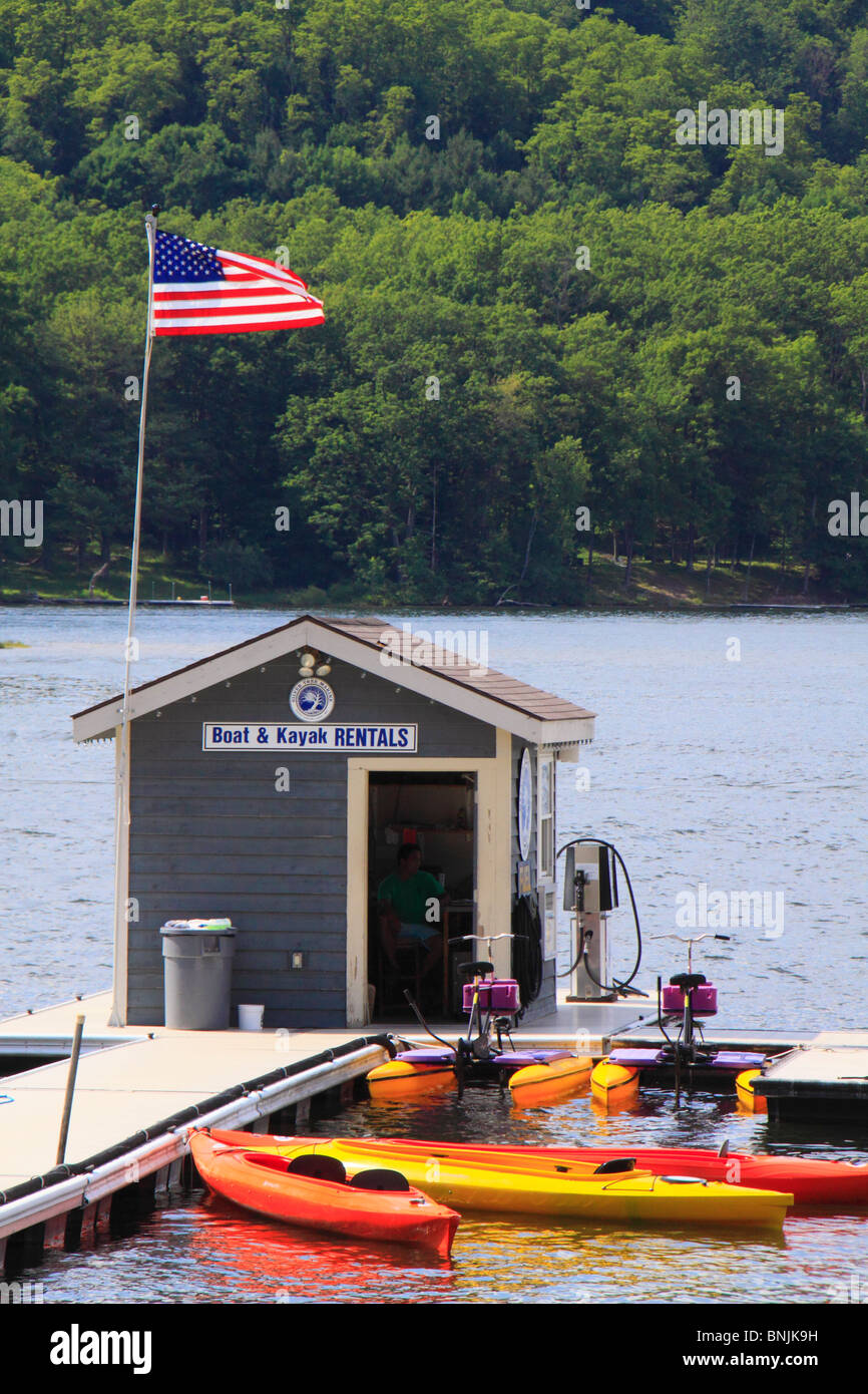 Silver Tree Marina on Deep Creek Lake, Thayerville, Maryland, USA - Stock Image