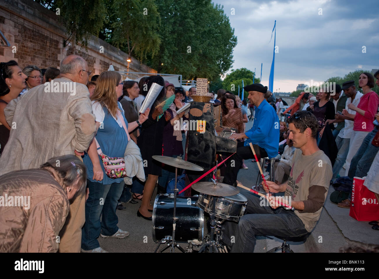 Paris, France, Public Events, Music Festival, Musicians Playing on Street near, River Seine plage Quay at 'Paris - Stock Image