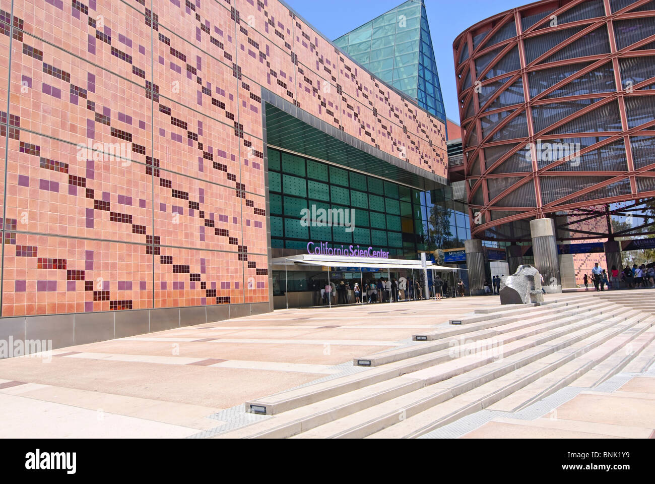 Front Entrance of the California Science Center in Los Angeles. - Stock Image