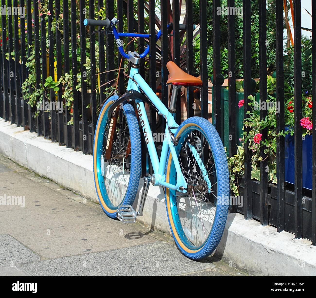 Blue bike, London - Stock Image