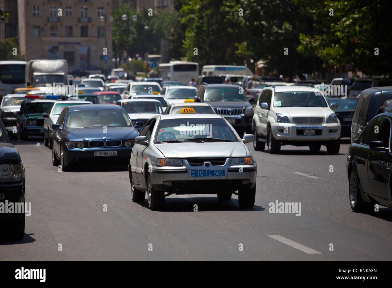 Street traffic, Baku, Azerbaijan - Stock Image