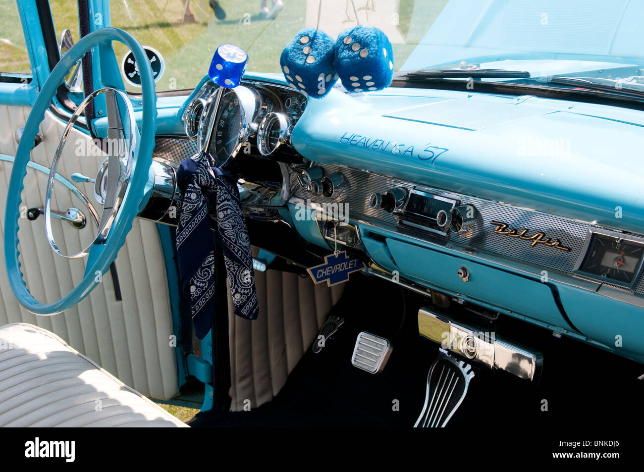 Front seat of a Classic 1957 Chevrolet Bel Air car - Stock Image