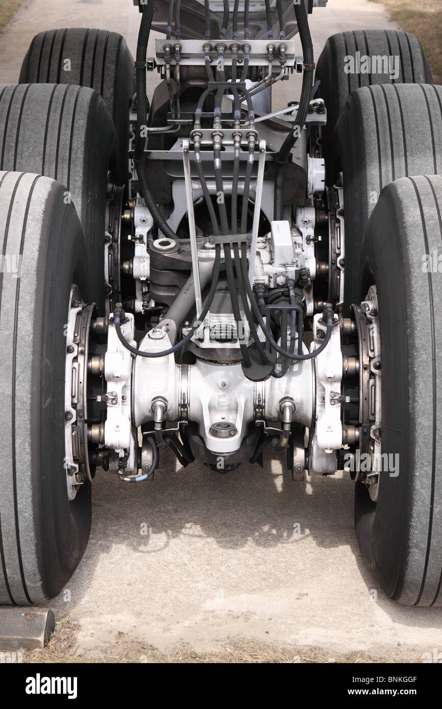 Boeing 777 airliner undercarriage wheels tyres tires and hydraulic systems - Stock Image