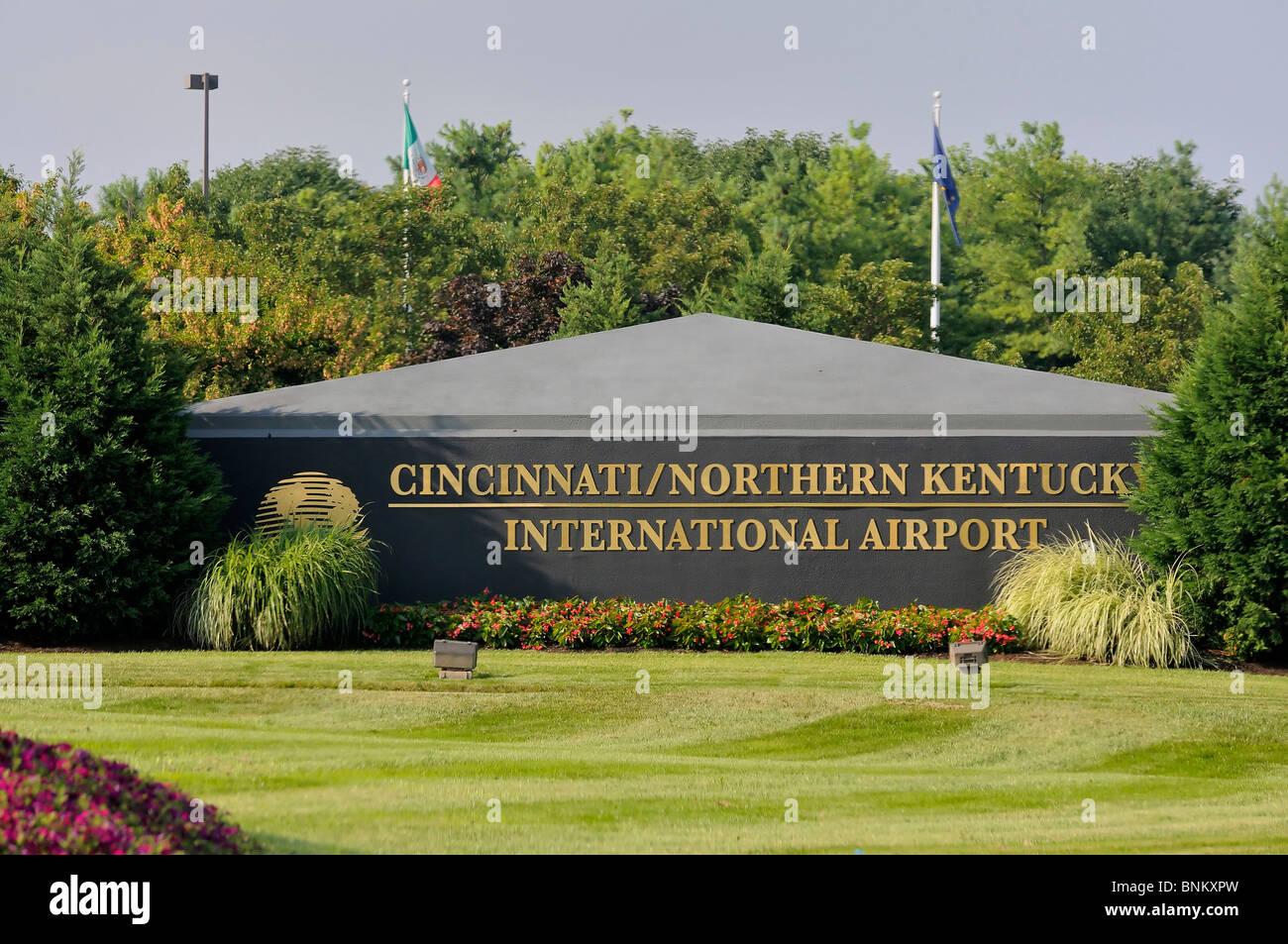 Entrance sign for the Cincinnati/Northern Kentucky International Airport Stock Photo