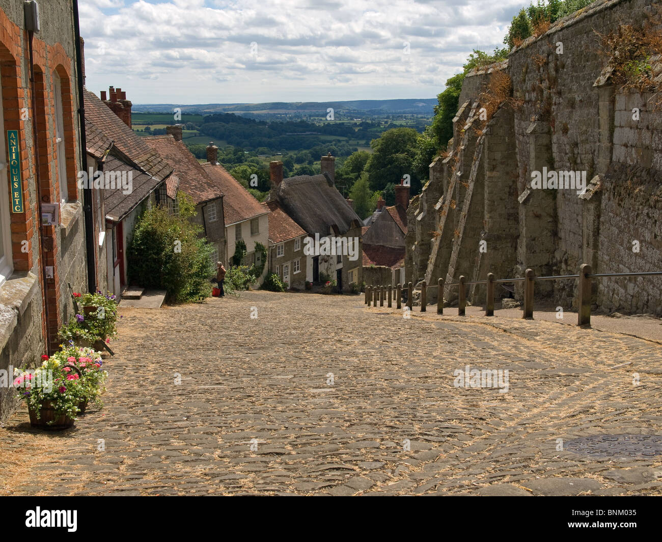 Looking down Gold Hill Shaftesbury Dorset England UK - Stock Image