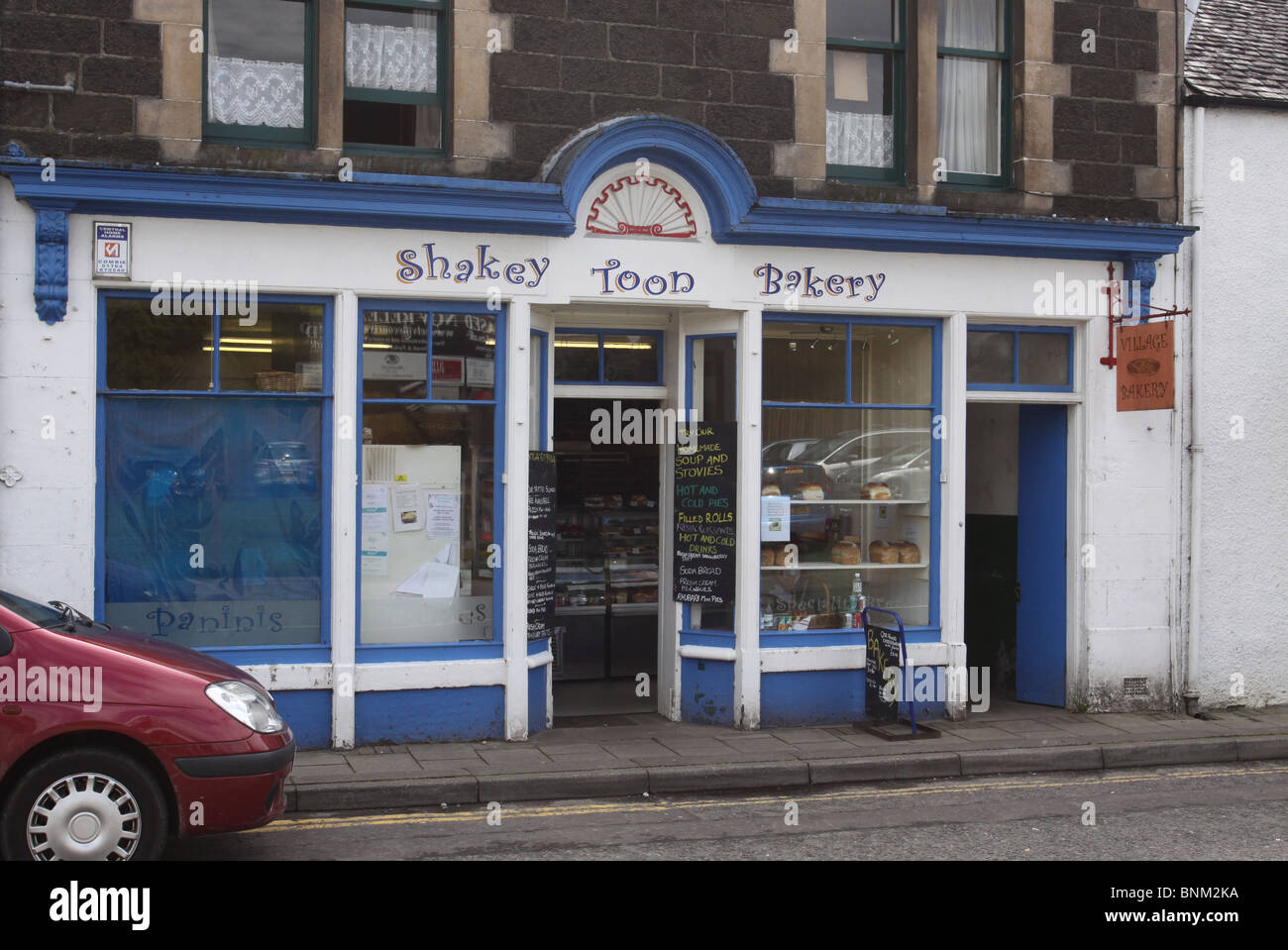 exterior of Shakey Toon Bakery Comrie Scotland  July 2010 - Stock Image