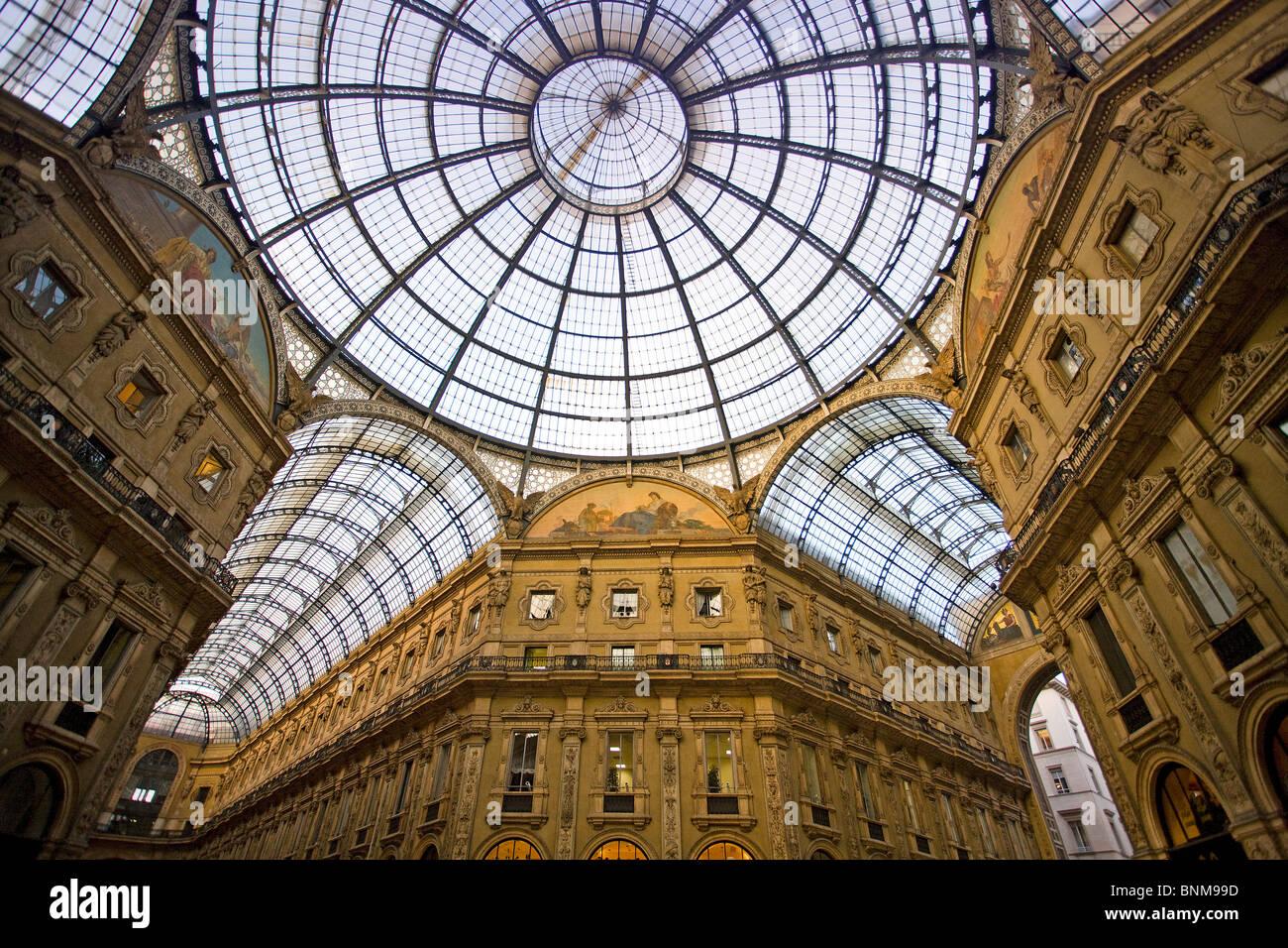 Italy Lombardy Milan Milano Vittorio Emmanuelle Galleria shopping shopping holidays travel, - Stock Image