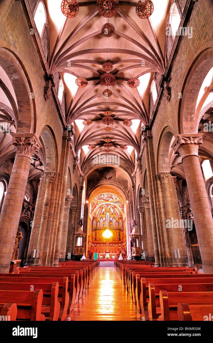 Spain, St. James Way: Interior of the Cathedral Santa Maria in Jaca - Stock Image