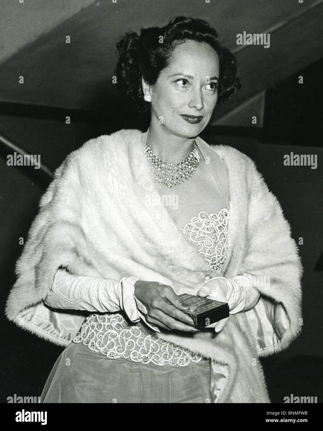 Forum on this topic: Mary Newland, merle-oberon/