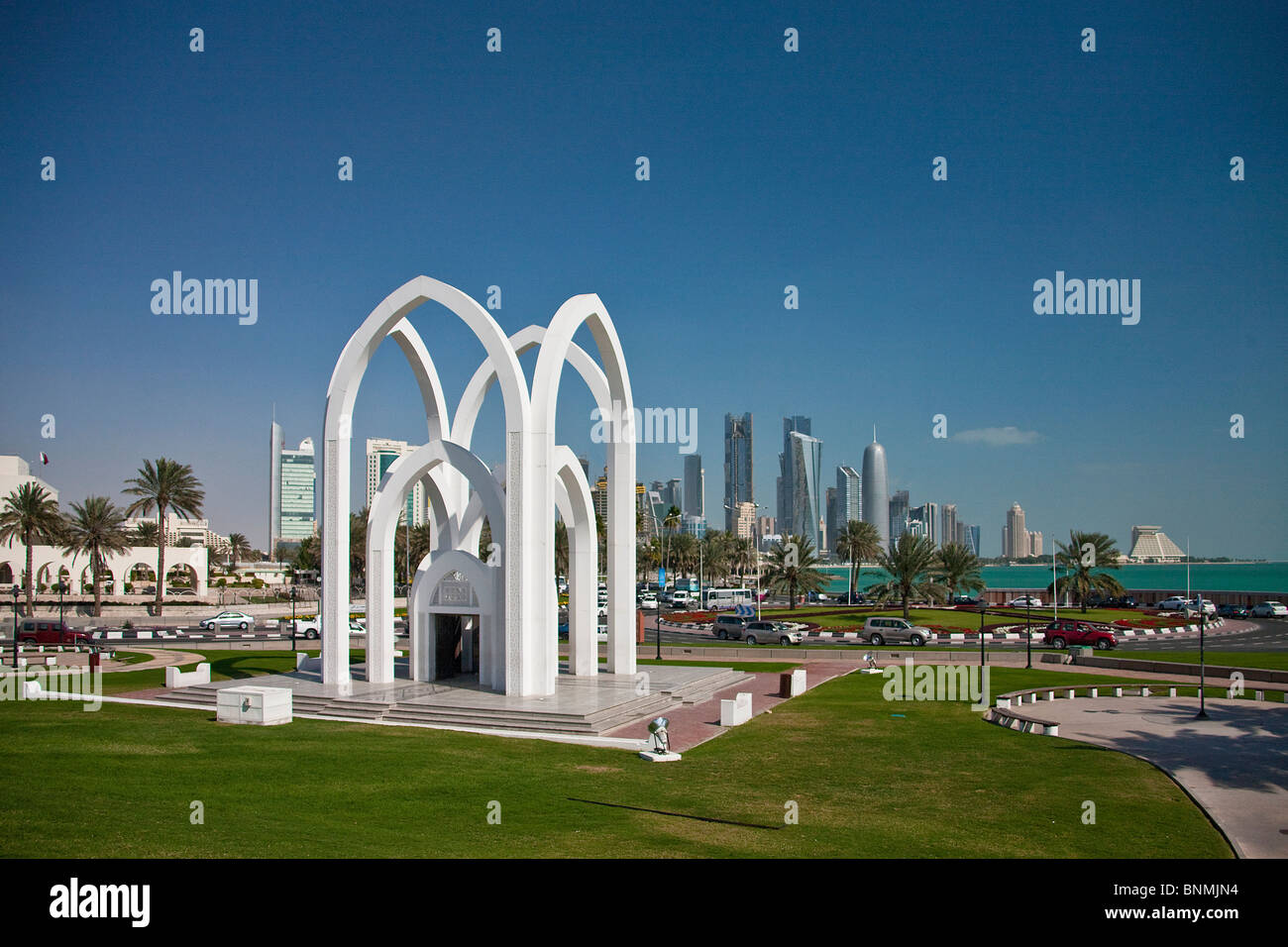 Qatar UAE United Arab Emirates Doha Bidda curves plastic art skill traveling place of interest landmark - Stock Image