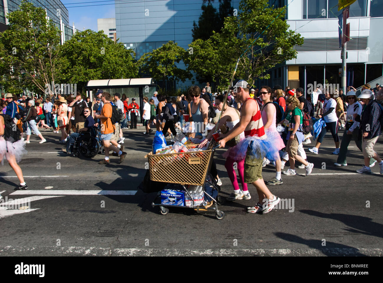 California: San Francisco Bay to Breakers annual foot race. Photo copyright Lee Foster. Photo # 31-casanf80835 - Stock Image