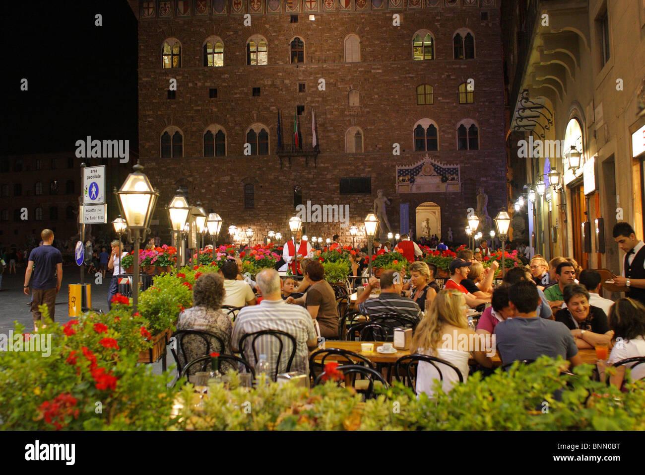Outdoor Restaurants At Night Piazza Della Signoria