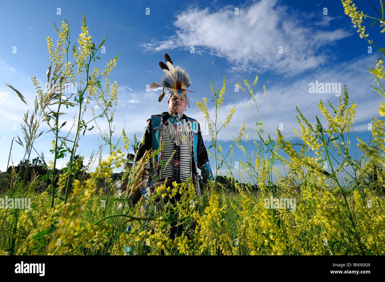 Traditional Dancer Stephen Yellow Hawk Native American Indian Rapid City South Dakota USA costume - Stock Image