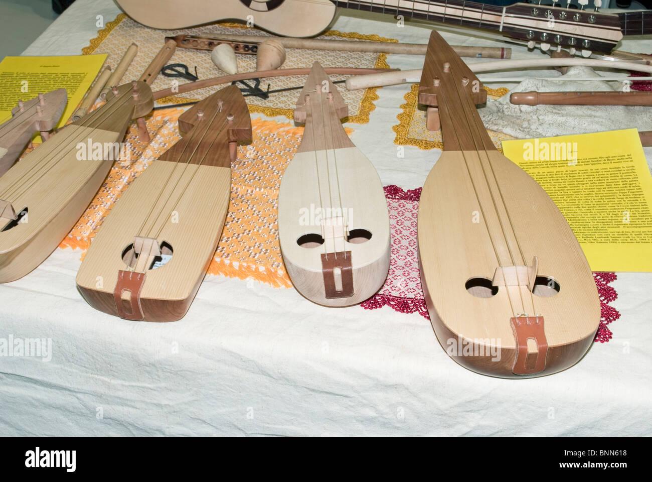lyre guitars - Stock Image