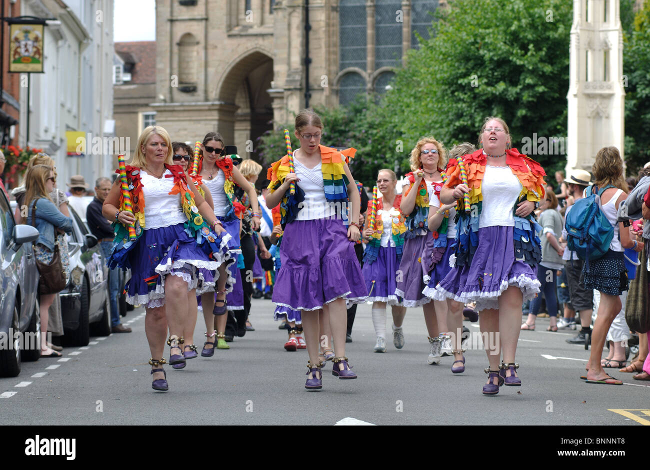 Loose Women morris dancers in the procession at Warwick Folk Festival - Stock Image