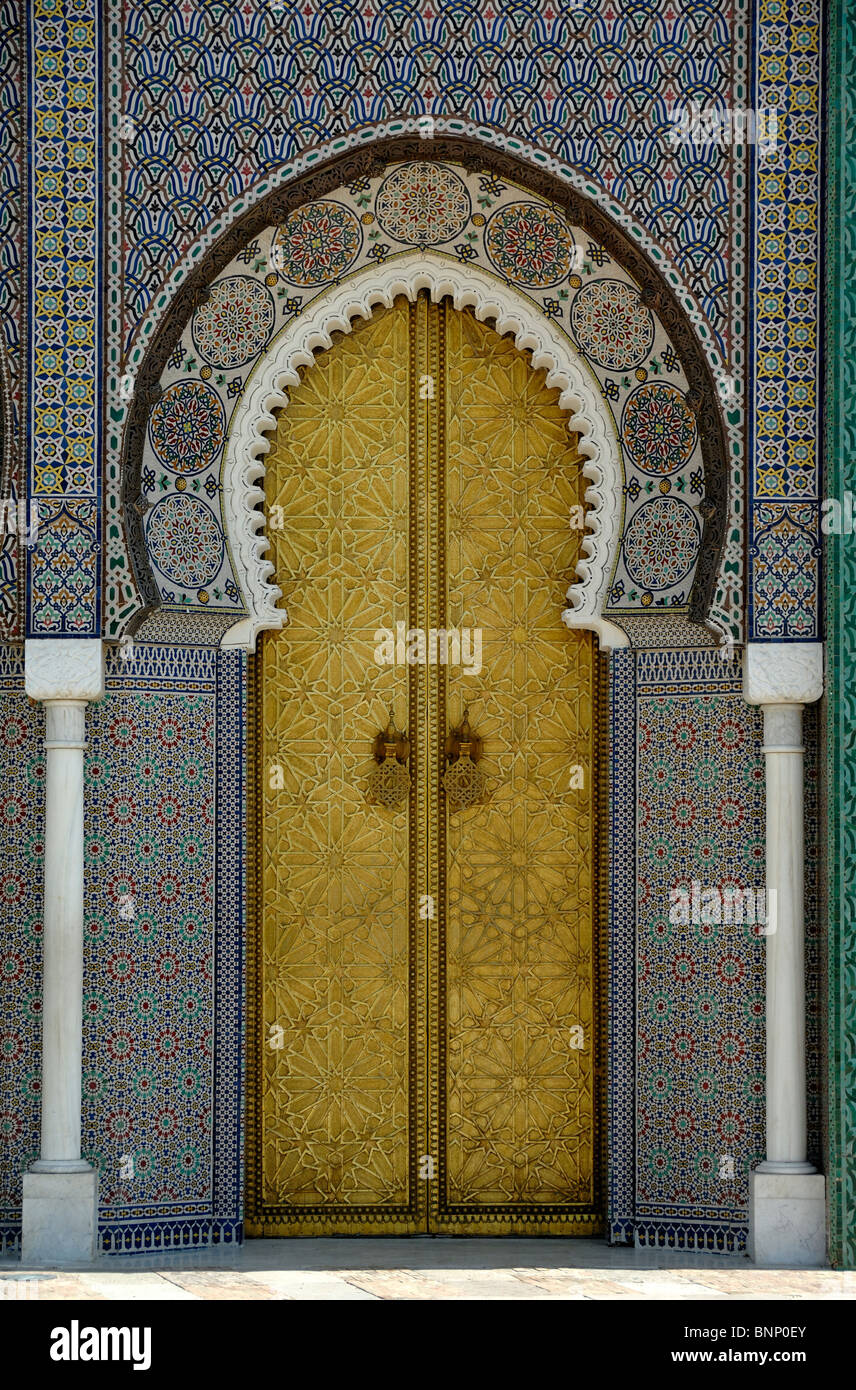 Gold or Golden Gate Arabic or Oriental Door of the Royal Palace in Fez & Royal Arch Gate Stock Photos \u0026 Royal Arch Gate Stock Images - Alamy