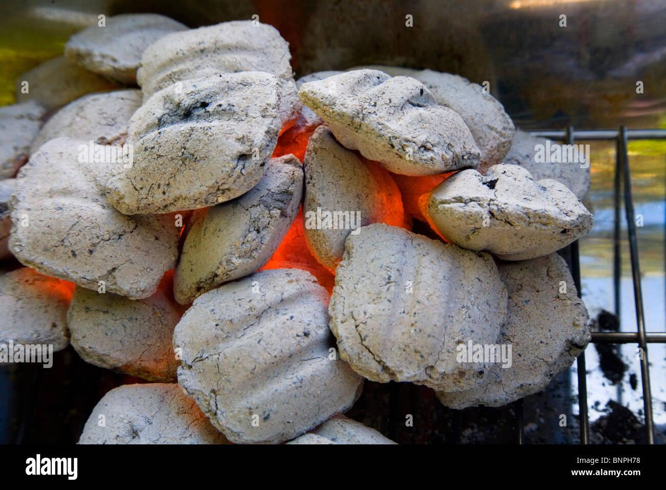 Hot barbecue coals - Stock Image