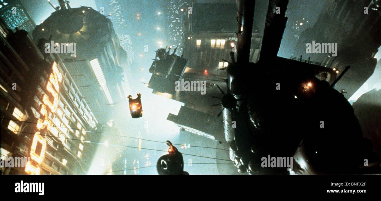FUTURISTIC CITY SCENE BLADE RUNNER (1982) - Stock Image