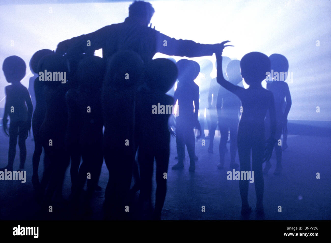 RICHARD DREYFUSS WITH ALIENS CLOSE ENCOUNTERS OF THE THIRD KIND (1977) - Stock Image