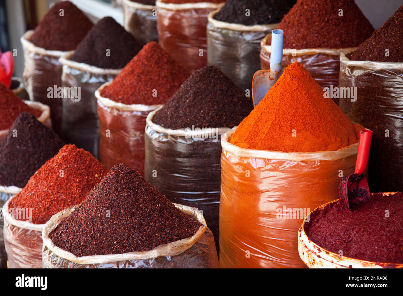 Famous crushed red peppers in the bazaar in Sanliurfa, Turkey - Stock Image