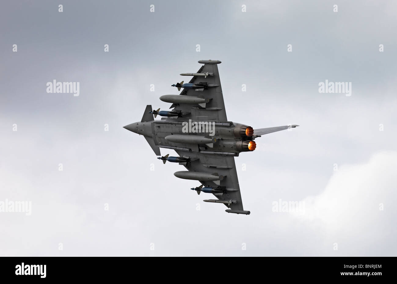 Farnborough BAE Systems Eurofighter Typhoon full weapons load re-heat - Stock Image