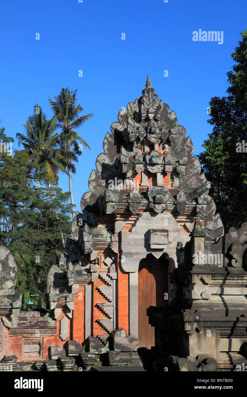 Indonesia, Bali, Ubud, temple gate, typical traditional architecture, - Stock Image