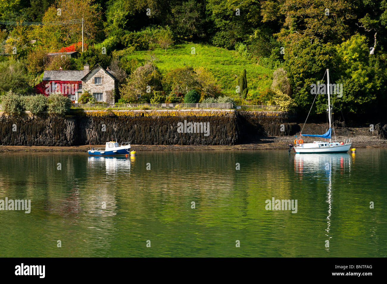 King Harry Ferry Cottage on the River Fal, South West, Cornwall, England, UK Stock Photo