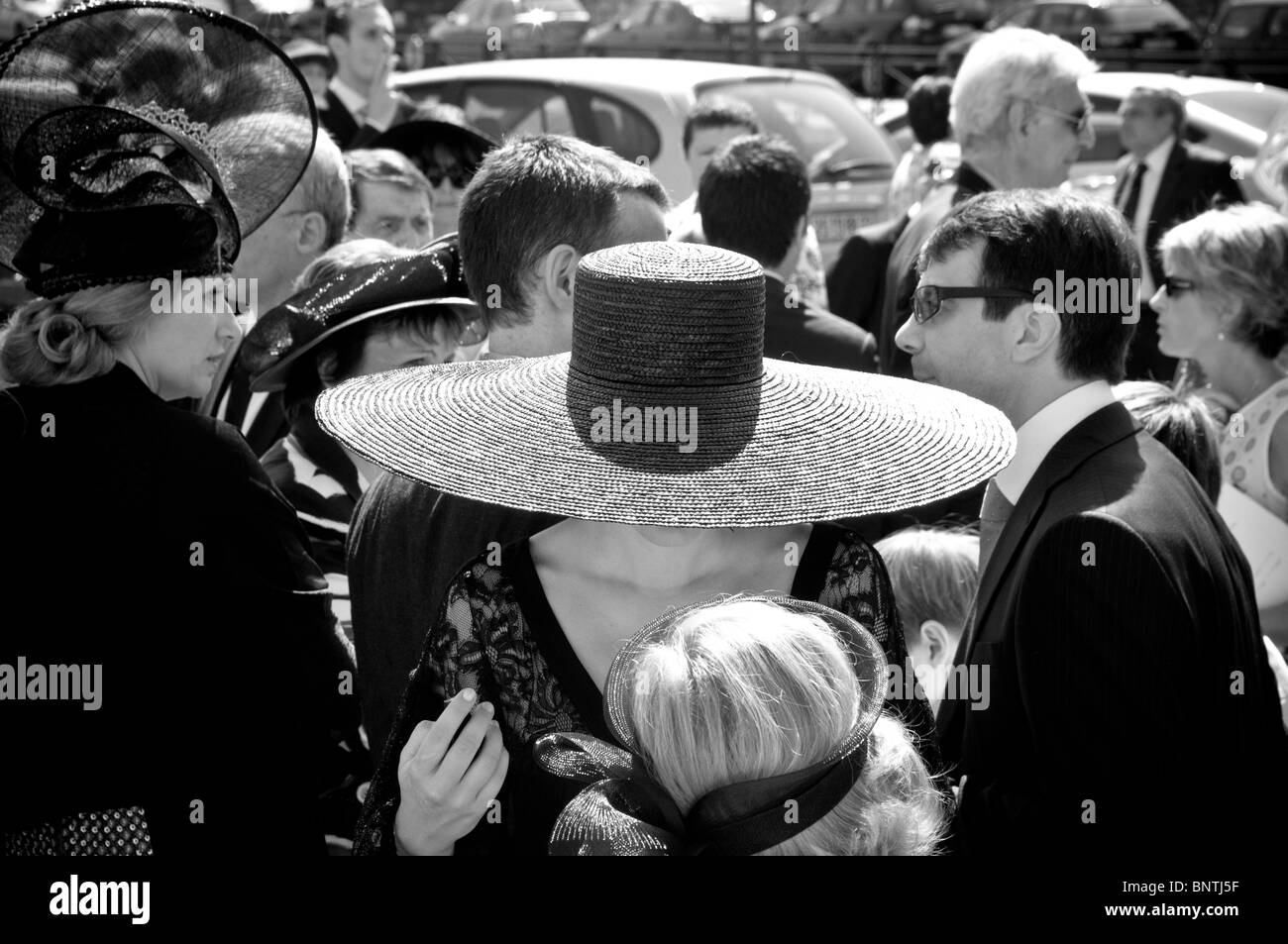Woman wearing a big black hat 0a012314cae