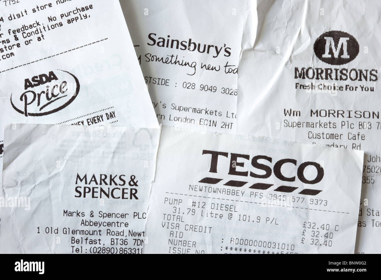 till receipts from major uk supermarkets including tesco sainsburys asda morrisons and marks and spencer - Stock Image