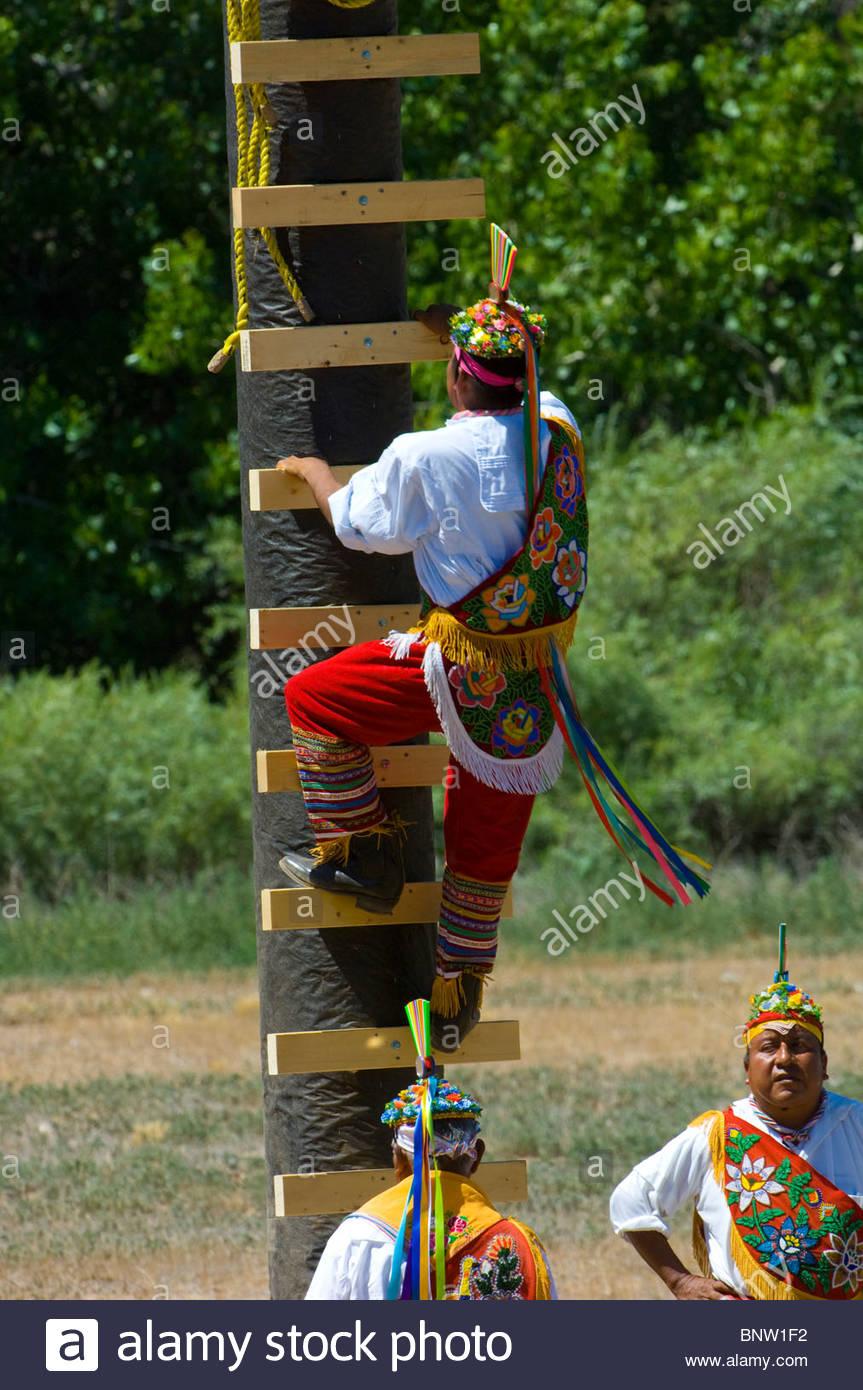 Voladores de Papantia-Flying Mex'. - Stock Image
