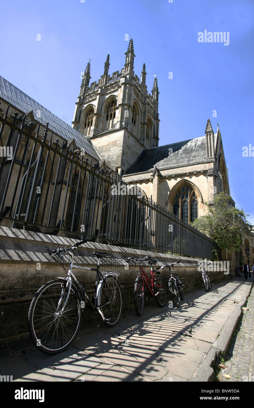 Typical Oxford scene, student bikes are to be seen on every street, this is Merton Street, near Corpus Christi College, - Stock Image
