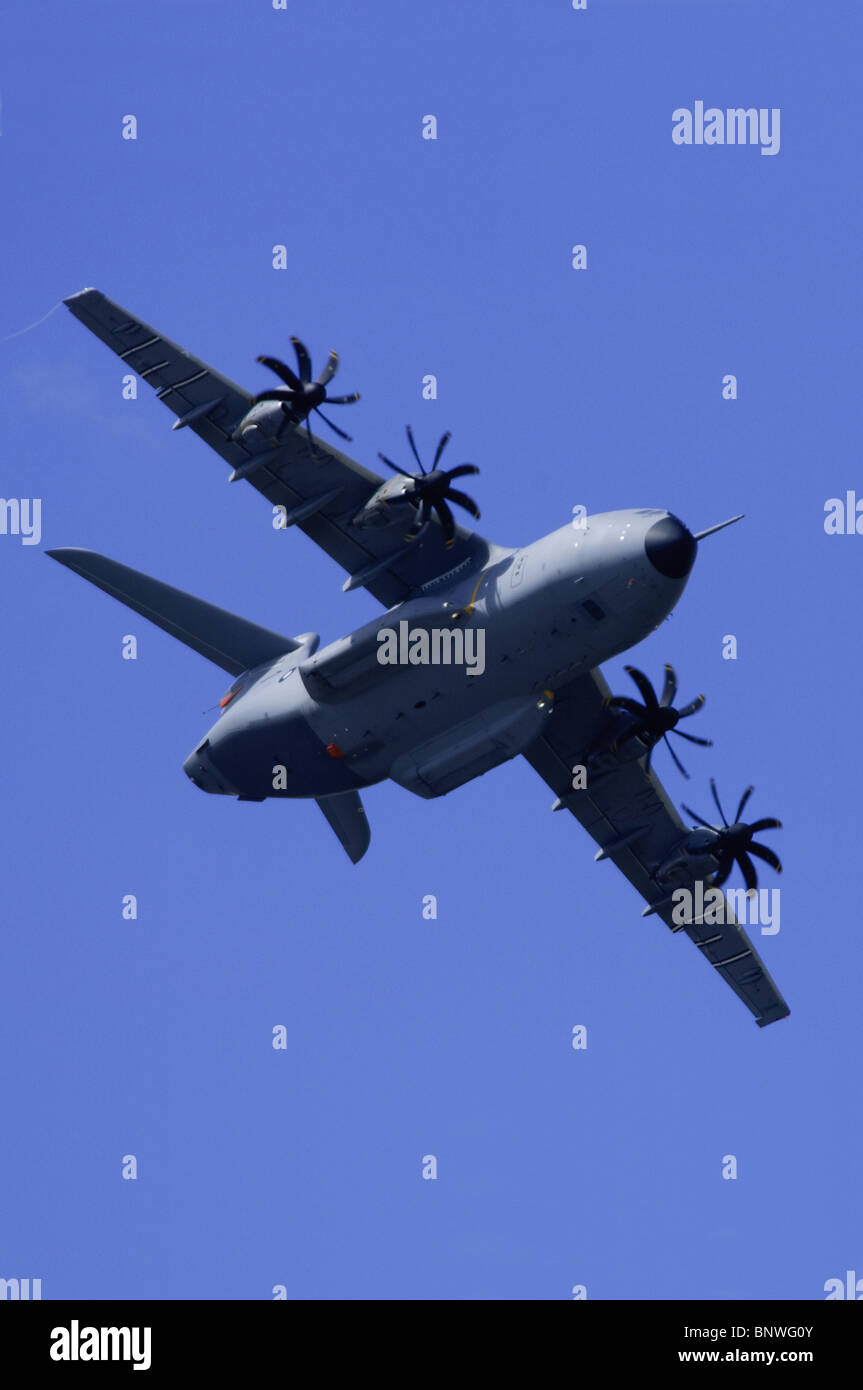 Airbus Military A400M second prototype, Grizzly 2, making a flypast at Farnborough Airshow 2010 - Stock Image