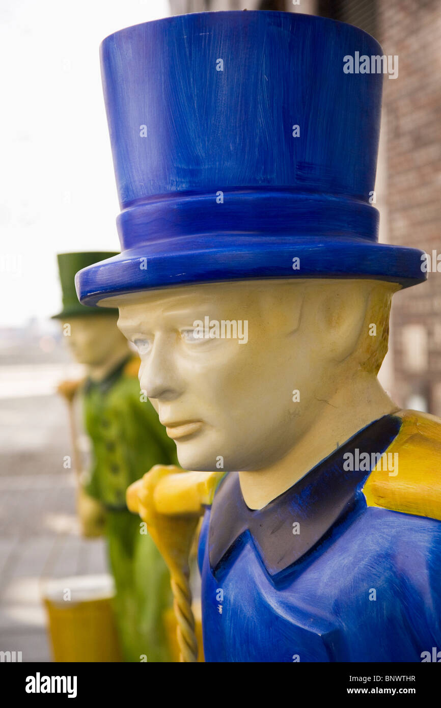 Figures dressed as Hans Hummel, the iconic water carrier and legendary character closely associated with Hamburg, - Stock Image