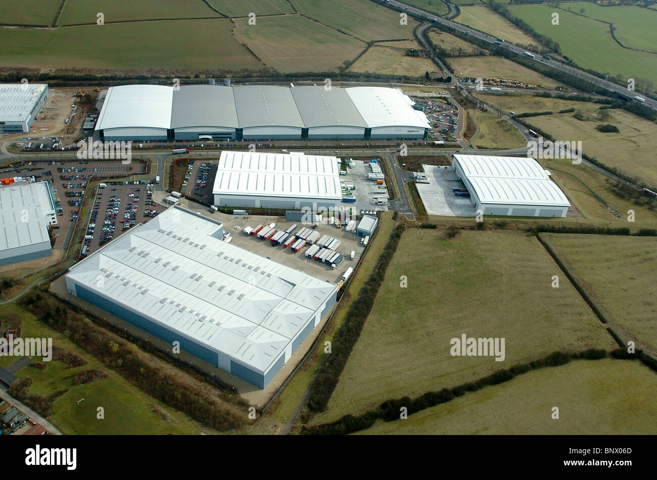 Aerial view of Amazon's distribution centre in Brogborough, Bedfordshire, UK - Stock Image
