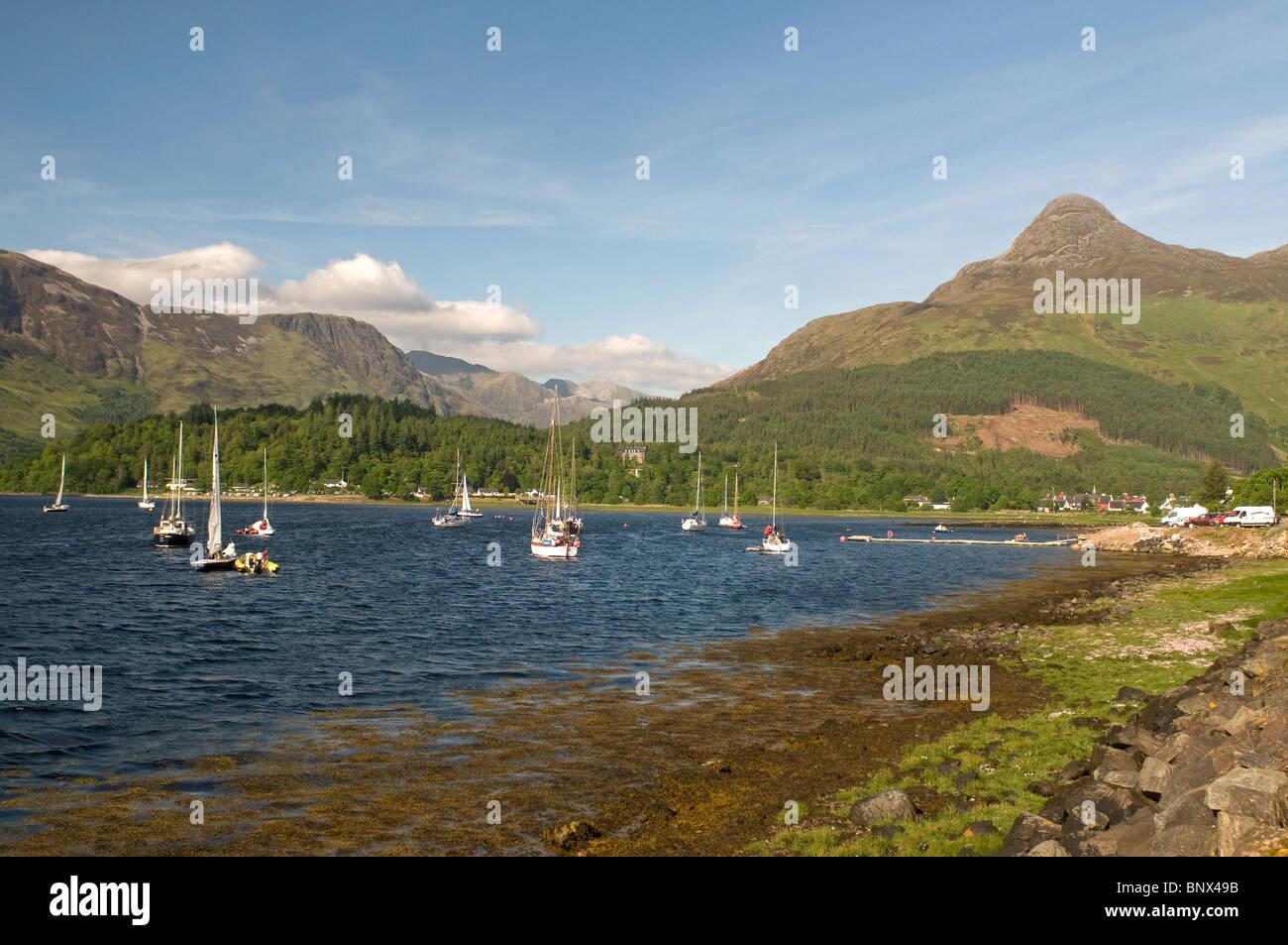 Yachts on Loch Leven, Ballachulish, Glencoe,  Inverness-shire, Highland Region. Scotland.  SCO 6211 - Stock Image