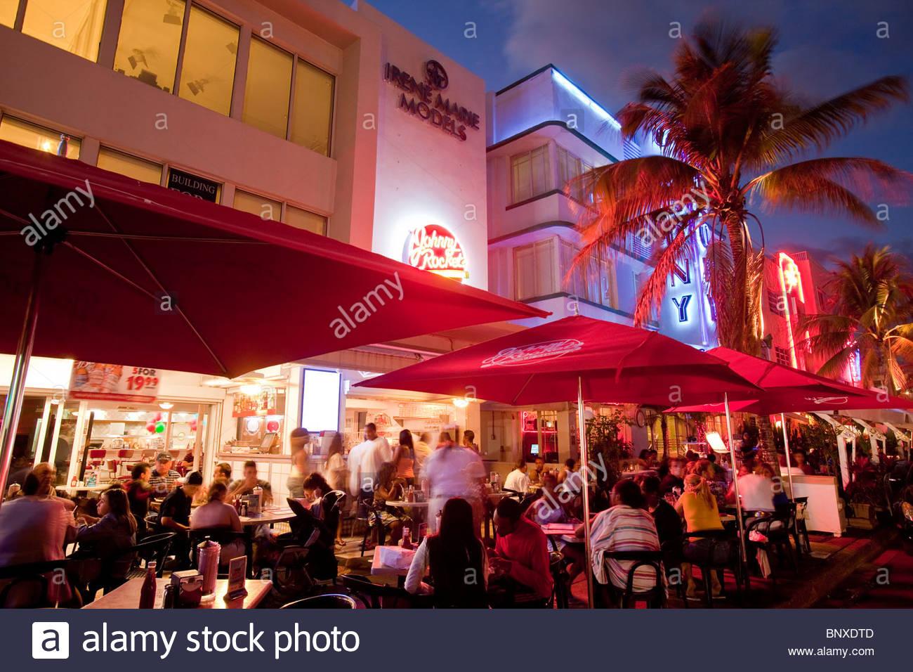 Art Deco Cafe Restaurants Ocean Drive South Beach Miami