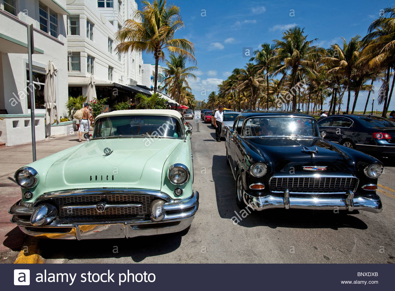 Classic American Cars, Ocean Drive, South Beach, Miami, Florida, Usa ...