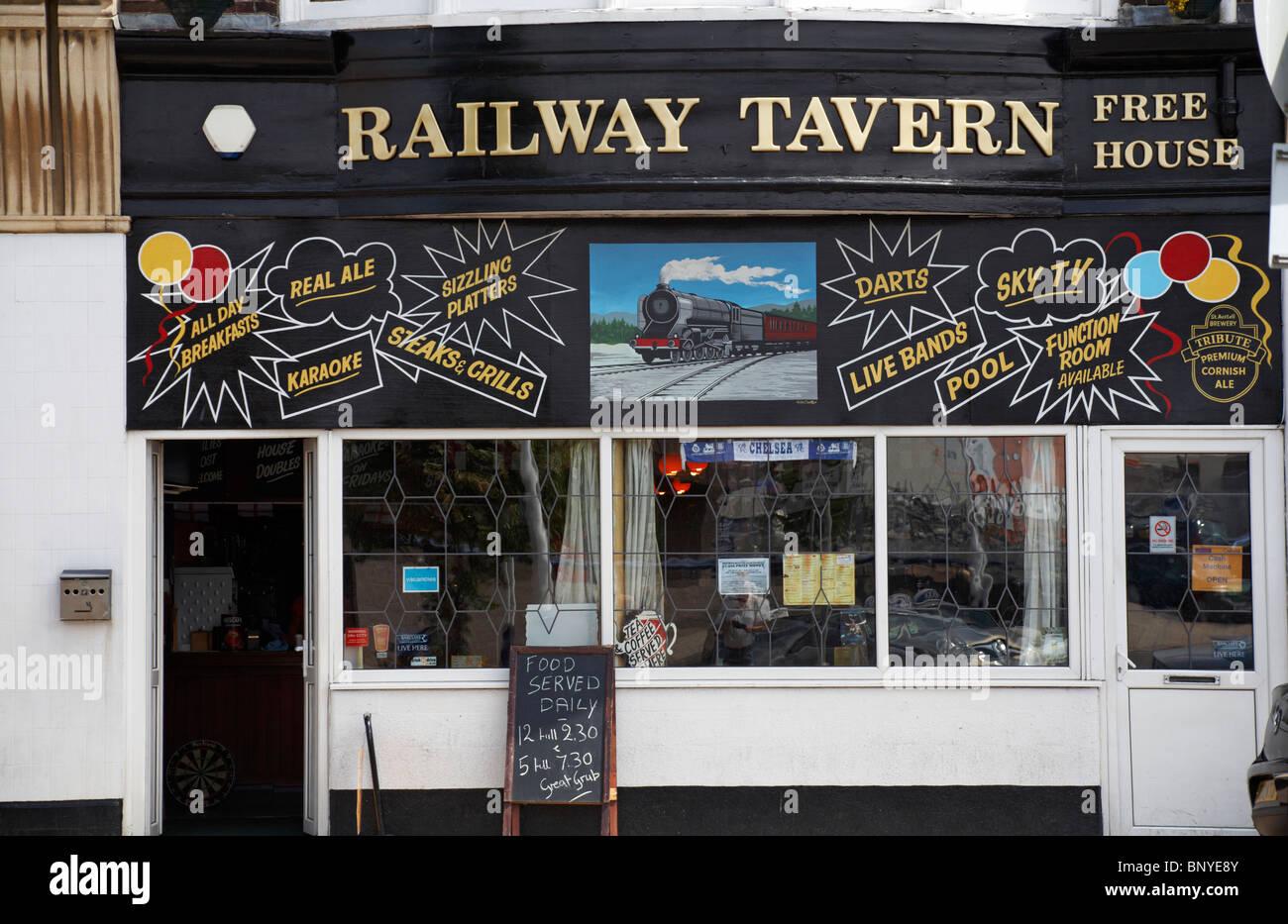 Railway Tavern Free House at Weymouth, Dorset - Stock Image