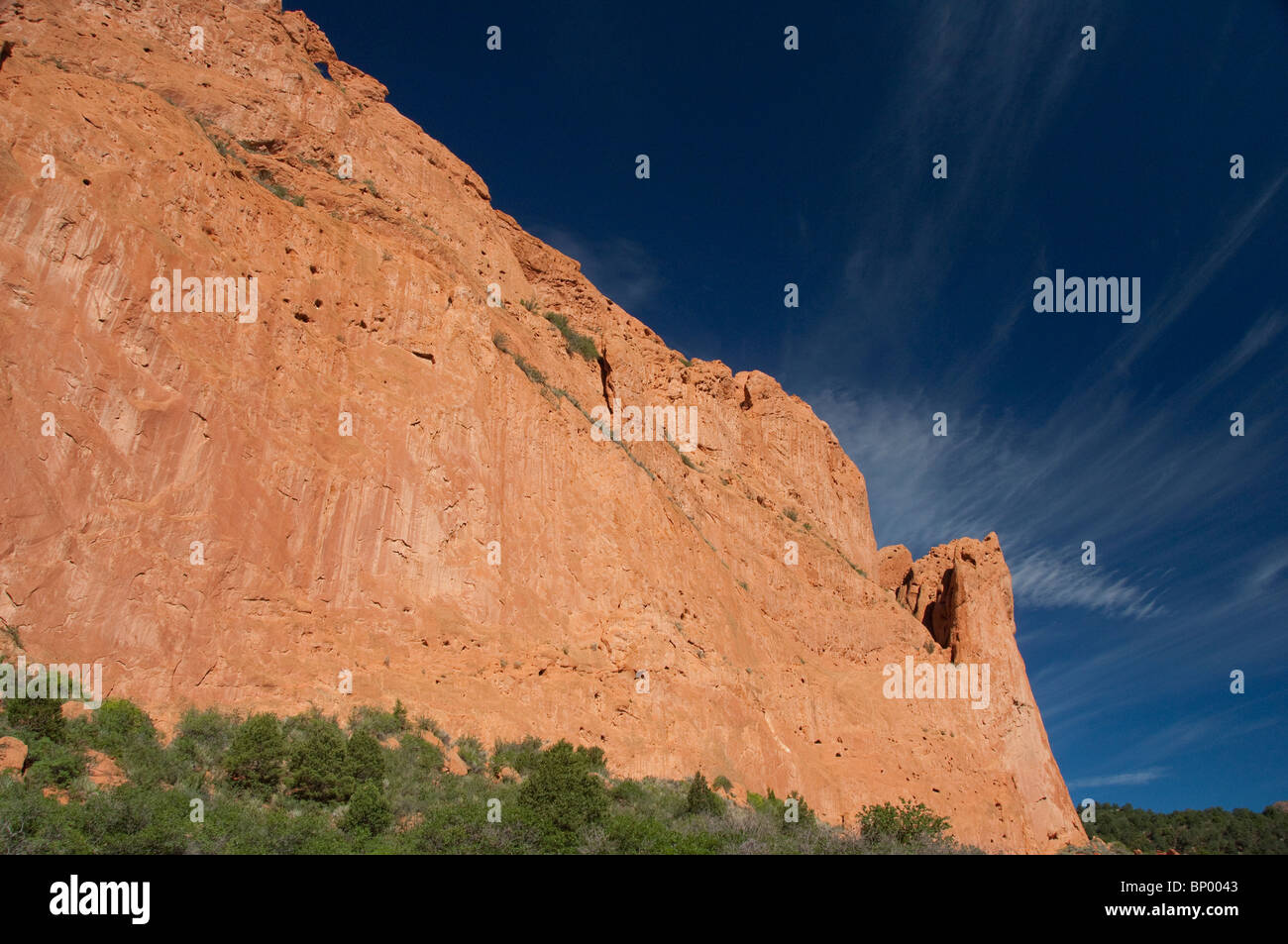 USA, Colorado, Colorado Springs, Garden of the Gods Natural Monument & park. Geological site with red sandstone - Stock Image