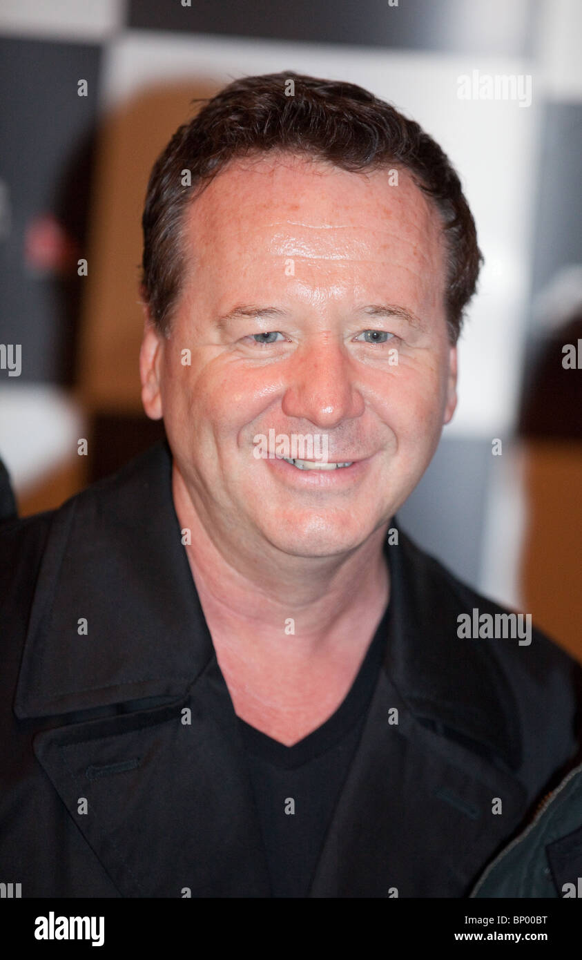 Jim Kerr of Simple Minds at the Grand Prix Ball in Melbourne, Australia on Friday March 26, 2010. - Stock Image