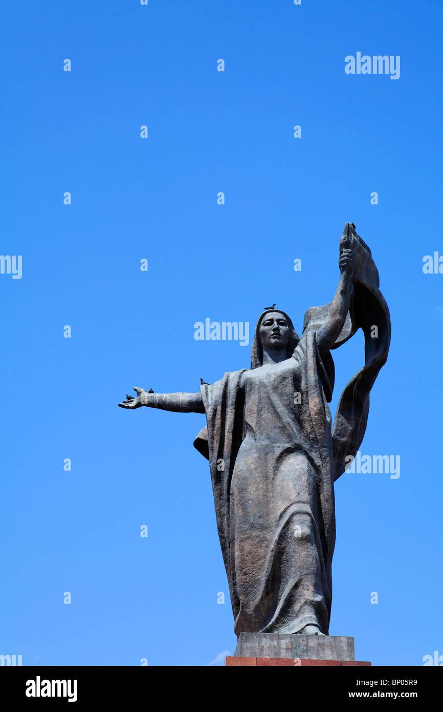 Kyrgyzstan - Bishkek - monument to the Martyrs of the Revolution - Urkuya Salieva - Stock Image