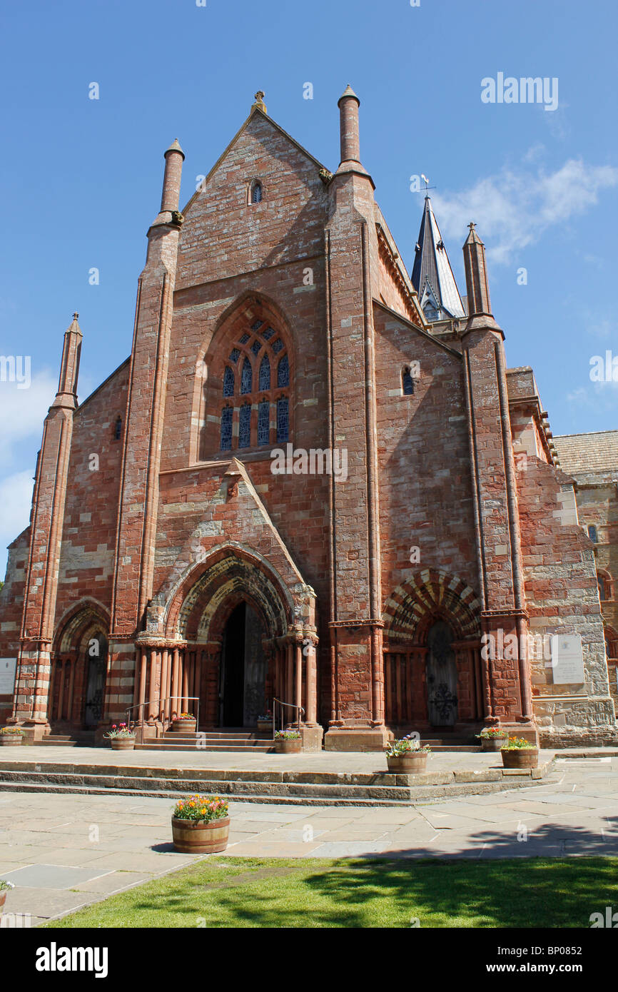 St. Magnus Cathedral, Kirkwall, Orkney - Stock Image