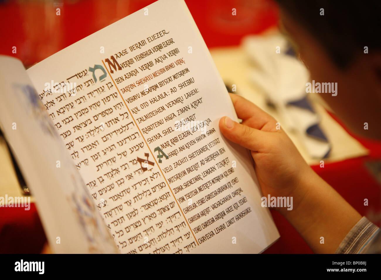 France, Paris, Pessah Haggada reading - Stock Image