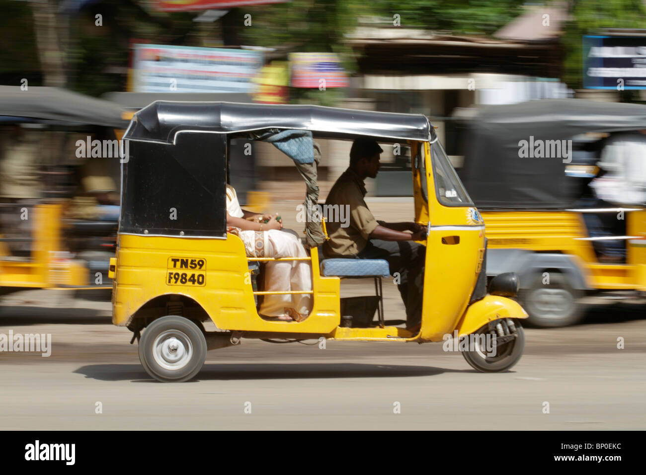 india tamil nadu tuk tuk auto rickshaw in madurai stock photo 30744320 alamy. Black Bedroom Furniture Sets. Home Design Ideas