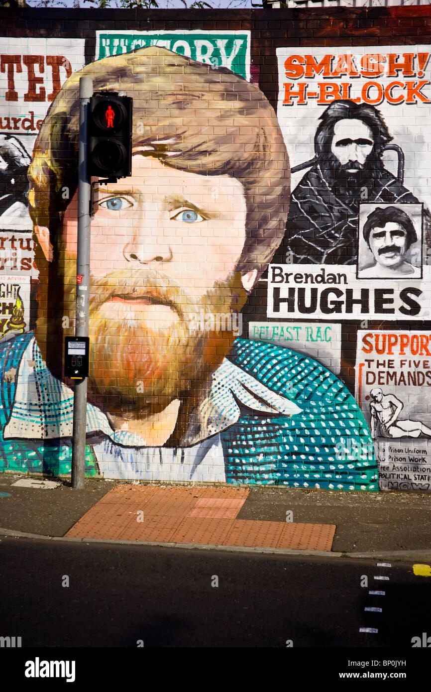 Republican murals along Falls Road, West Belfast, Belfast, North Ireland, UK. - Stock Image