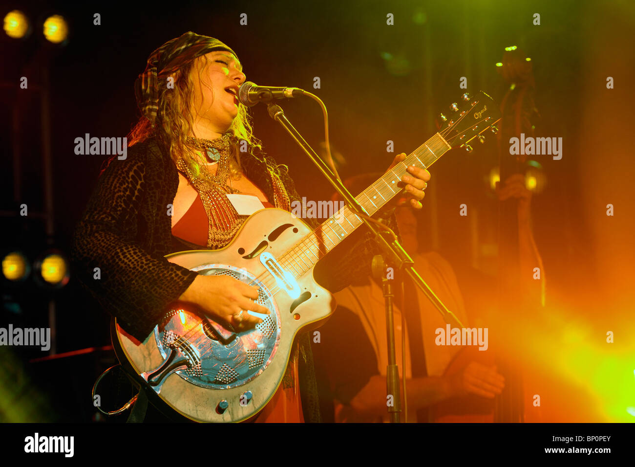 Bex Marshall, English singer songwriter performing in the main stage marquee. Maryport Blues Festival, 2010. Cumbria, - Stock Image