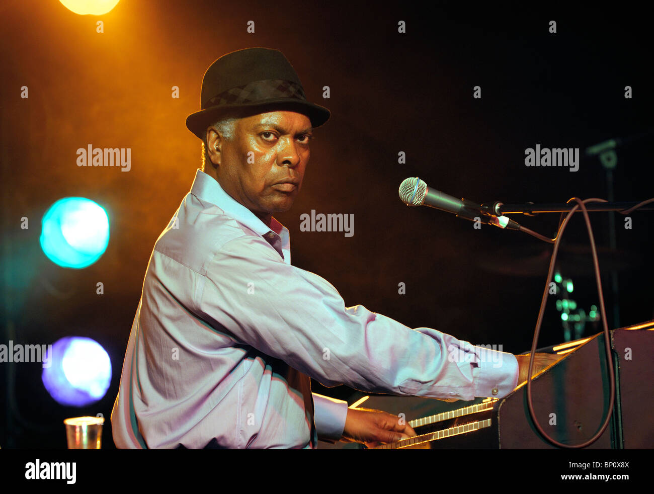 Booker T. Jones, US blues singer musician plays Hammond B3 organ. Main stage marquee. Maryport Blues Festival, 2010. - Stock Image