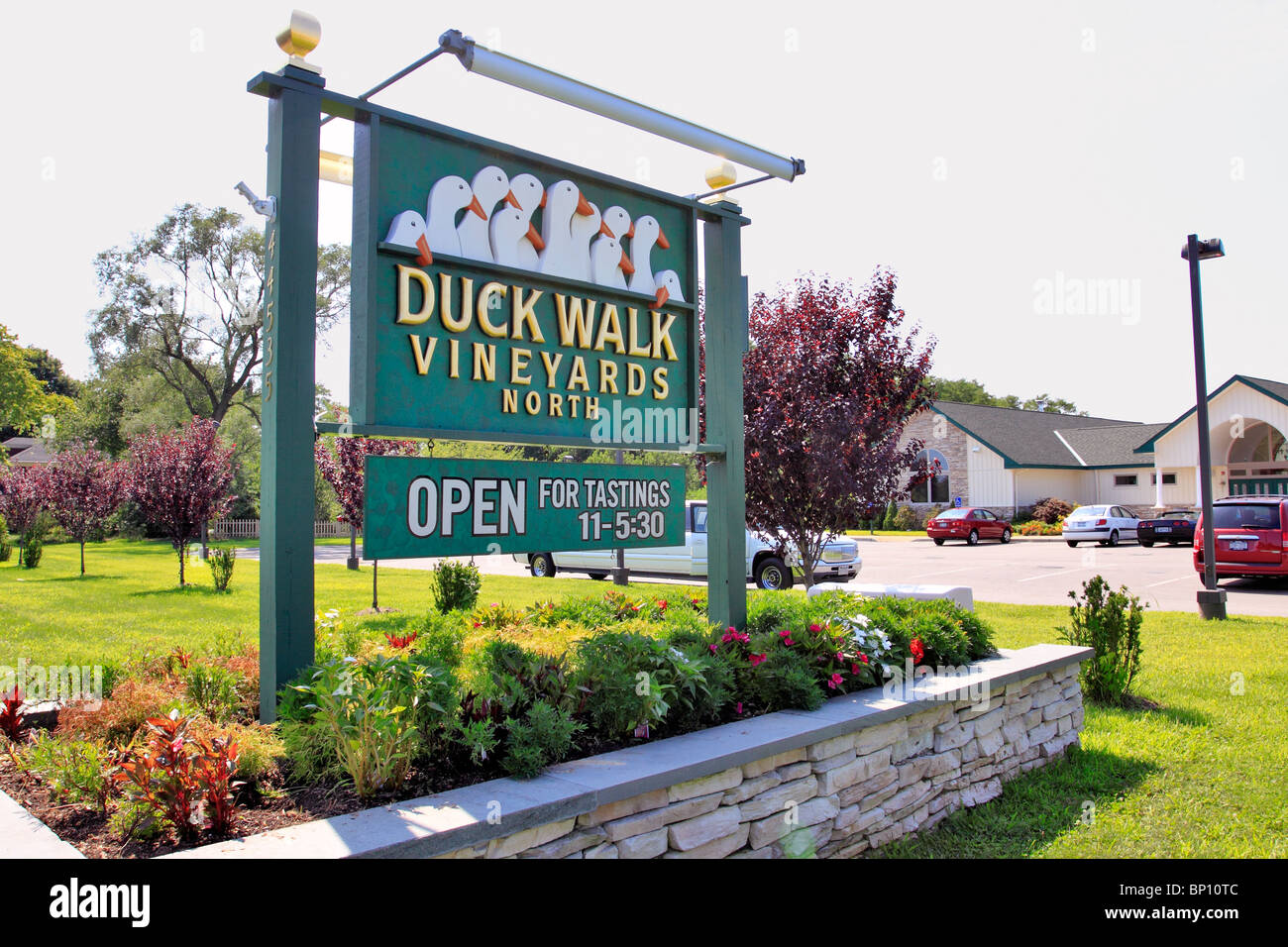 Duck Walk winery and vineyards, Peconic, north fork of eastern Long Island NY - Stock Image
