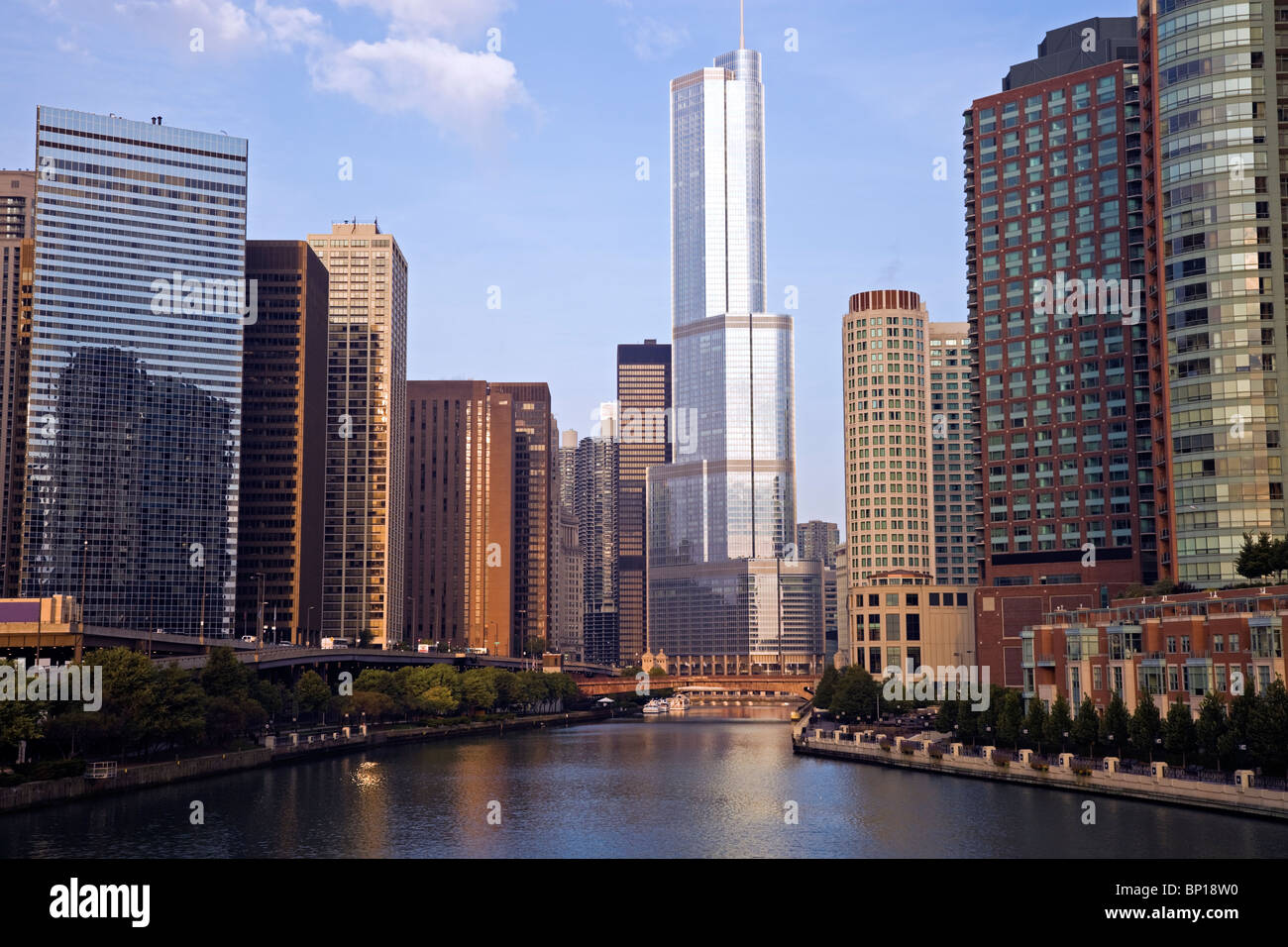 Trump Tower in downtown Chicago - Stock Image