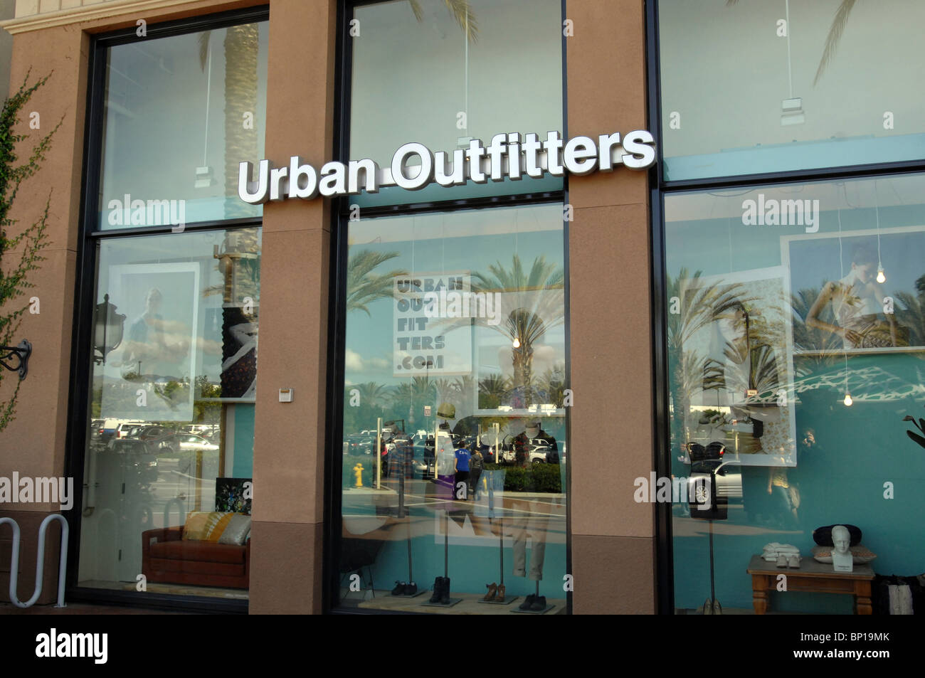 Urban Outfitters retail fashion clothing store in Orange County, CA - Stock Image